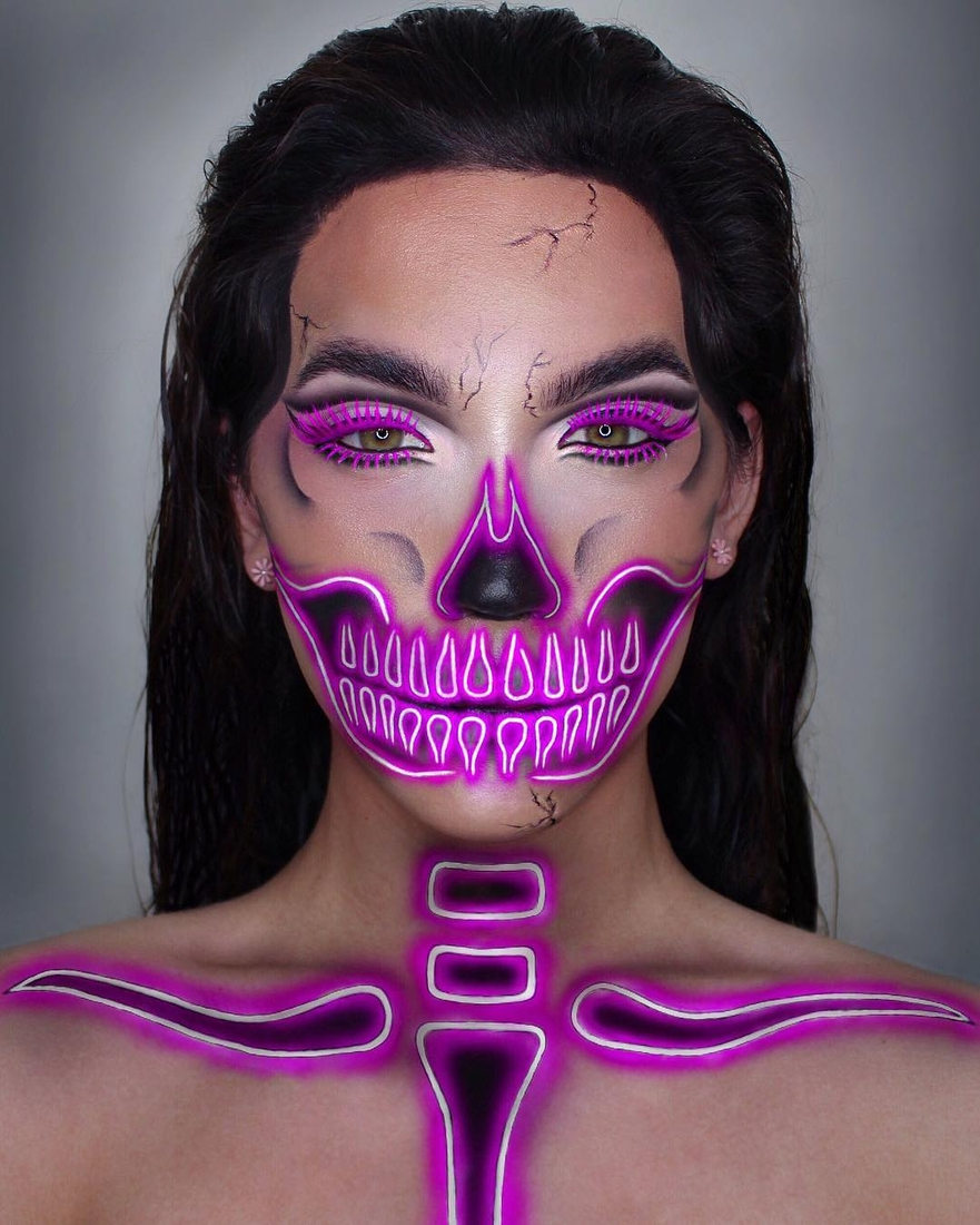 11-Neon-Skeleton-Glamour-and-Scary-Body-Painting-Transformations-www-designstack-co