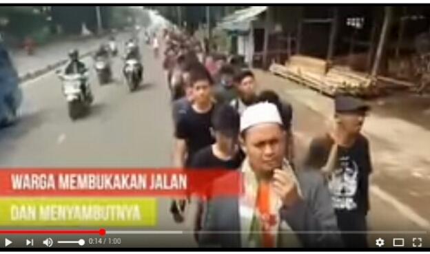 Video Peserta Aksi 299 dari Bogor Jalan Kaki ke Jakarta Di Stop Polisi, Massa Aksi Melawan