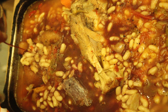 traditional cassoulet recipe adding red wine (merlot)