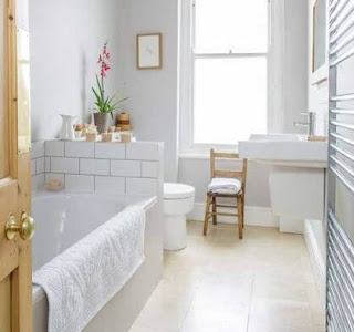 Bring the Feel of a 5-Star Bathroom to Your Home With This Idea
