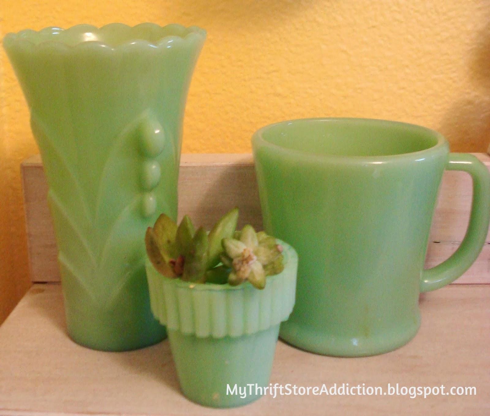 Vintage jadeite vase
