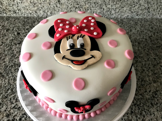 Pastel Minnie Mouse - Fondant