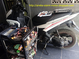 Cara pasang alarm motor pada Yamaha Aerox 125cc