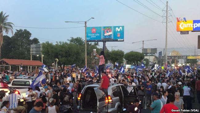 Manifestantes tomaron las calles de Managua pese a retroceso de Ortega / VOA
