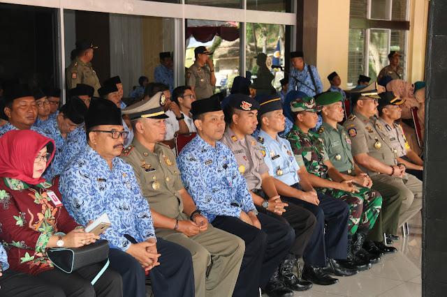 Bupati Minta Damkar Bondowoso Tingkatkan Kualitas Layanan Kepada Masyarakat