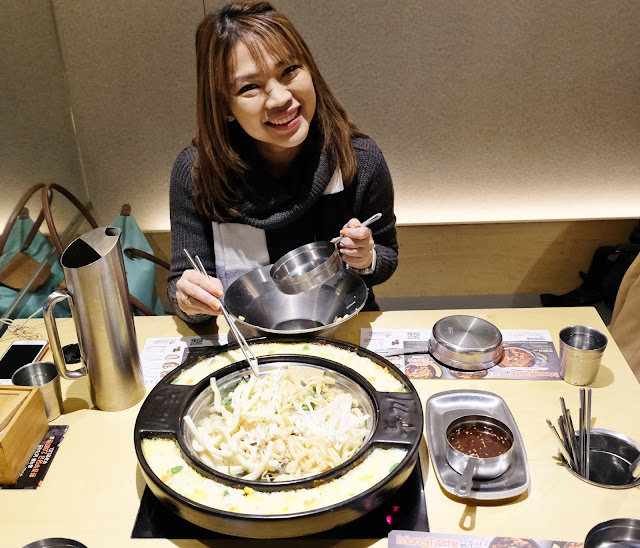 a photo of Where to eat in Seoul Korea.  Top restaurants in Seoul. Askmewhats Nikki Tiu
