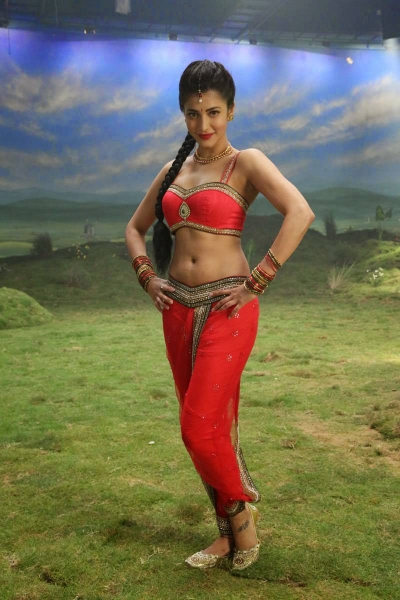 Shruthi hassan hottest navel - 3 1