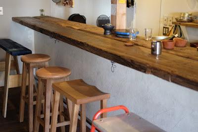 松本・中町の自然派ワイン&コーヒー店 peg(ペグ)カウンター