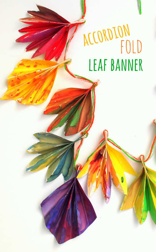 How to make a gorgeous accordion folded fall paper leaf banner  with kids