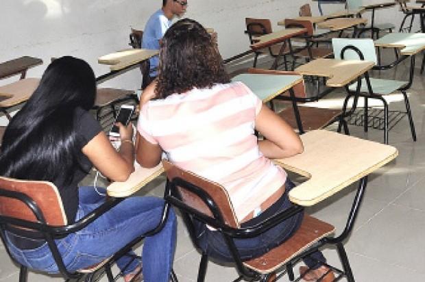 De dos mil 436 jóvenes encuestadas en tres universidades dominicanas, 295 dijeron haber tenido un aborto y de éstas, el 42.7% afirma que se trató de un aborto inducido.