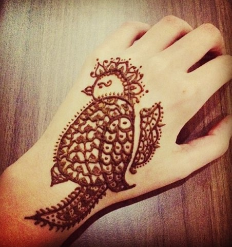 Gambar Henna Tangan 2