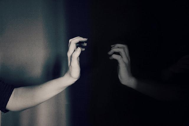 Thơ cuộc đời bạc bẽo, Bài thơ về cuộc đời & lòng người bạc bẽo