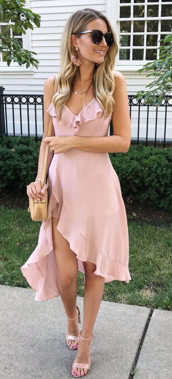romantic summer outfit / blush dress + bag + heels