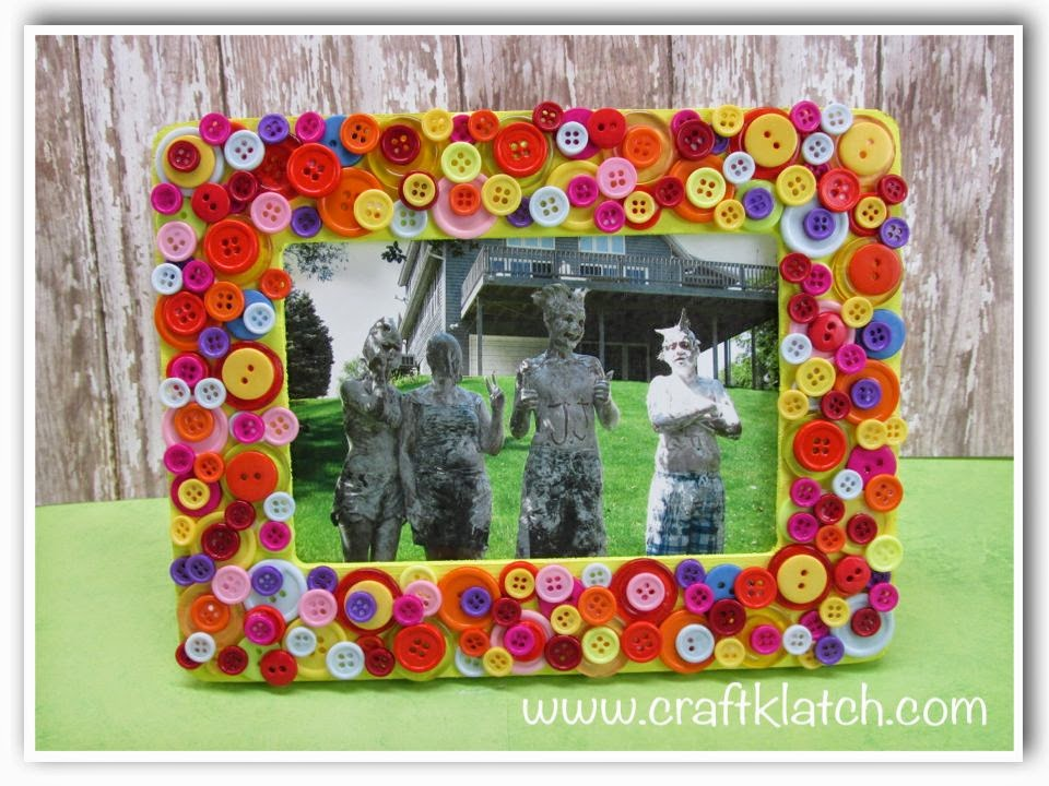 Craft Klatch Diy Button Frame Mother S Day Gift Craft Idea