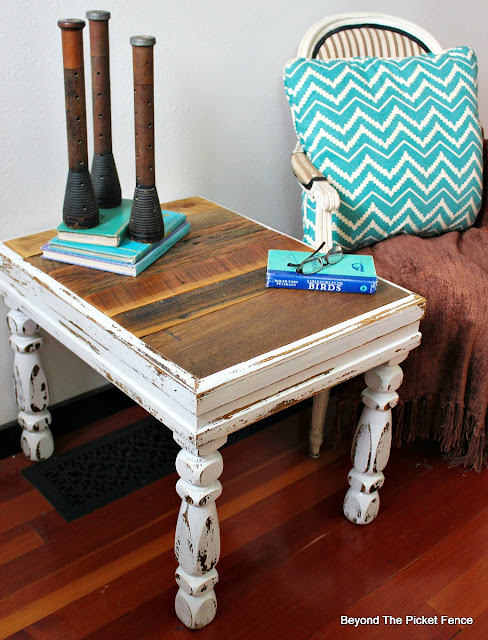 end table, rustic, barnwood, shabby, chippy, upcycled, repurposed, http://bec4-beyondthepicketfence.blogspot.com/2016/03/shabby-rustic-table.html