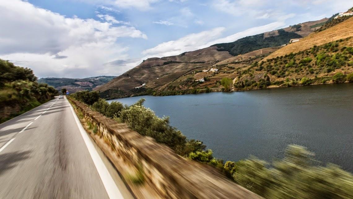 EN222 A melhor estrada do mundo para conduzir