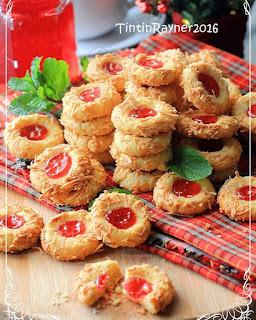 Ide Resep Masak Kue Crunchy Strawberry Cheese Thumbprint Cookies