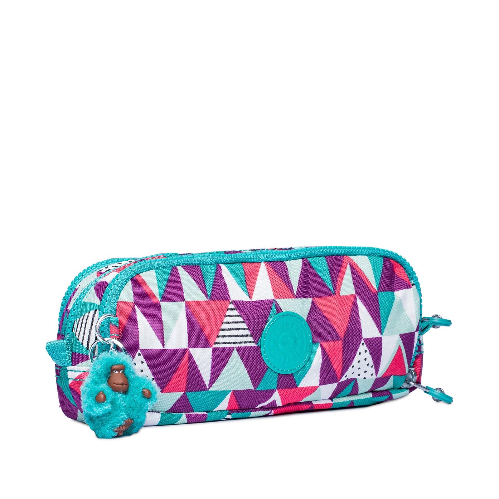 b60dfb766 Todos os itens das linhas Festive Camo e Vibrant Deco já estão disponíveis  nas lojas físicas e no e-commerce da marca. (www.kipling.com.br)