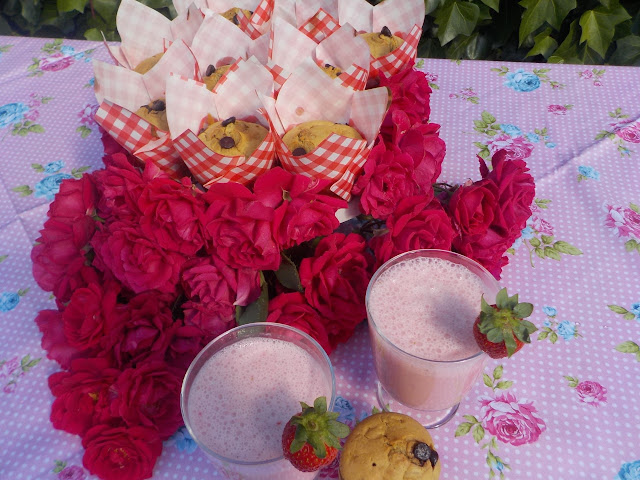 kefir-strawberry-muffin, kefir-strawberry-smotthie, muffins-de-kefir-y-fresa