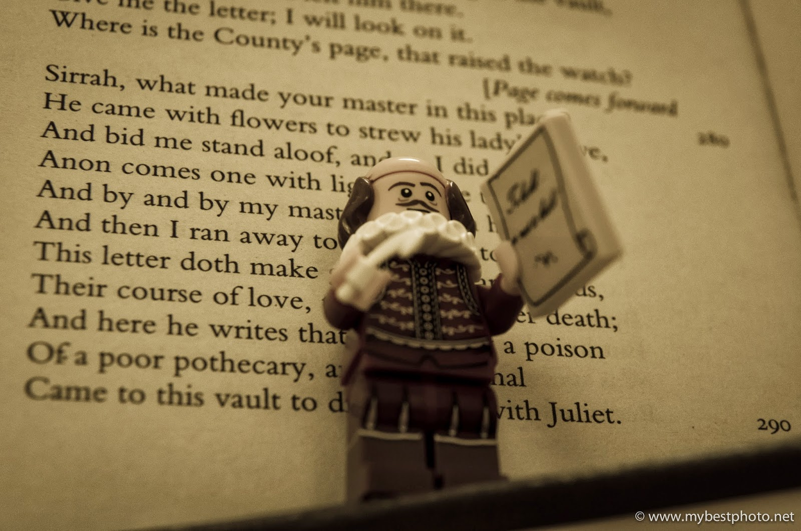 Lego Minifigure Series 12 Lego Movie Wallpaper William Shakespeare