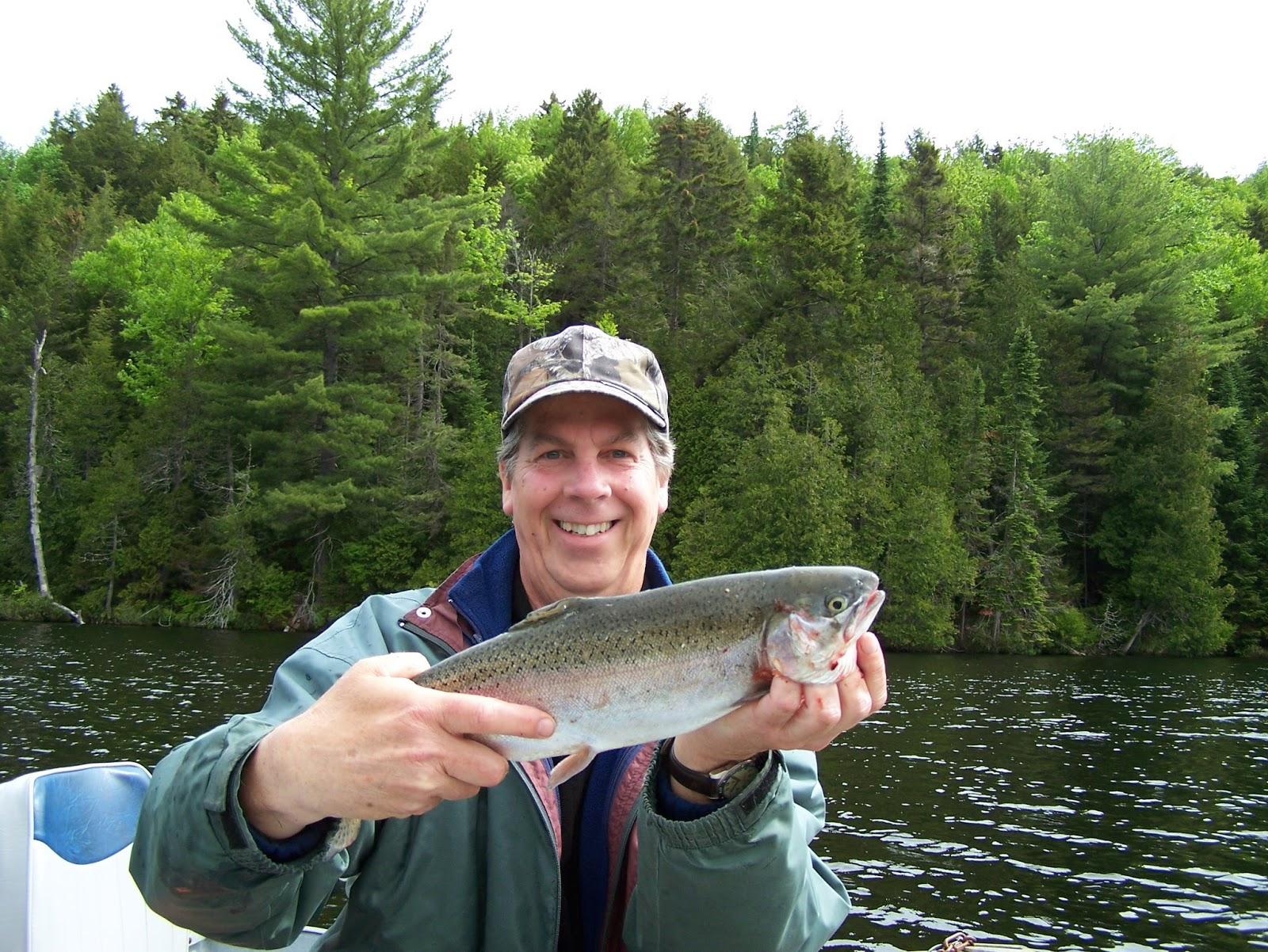 Pourvoirie Lac Blanc, pêche truite arc-en-ciel, truite mouchetée, Daniel Lefaivre, blogue de pêche
