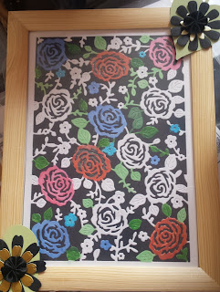 """Rose Garden floral pattern in 9"""" x 7"""" picture frame"""
