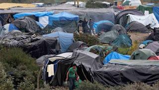 la police accusée d'asperger de gaz des migrants