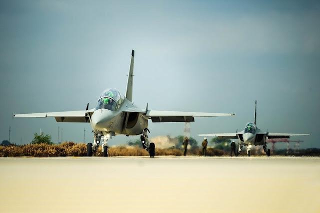 Emirati Arabi scuola volo Aeronautica