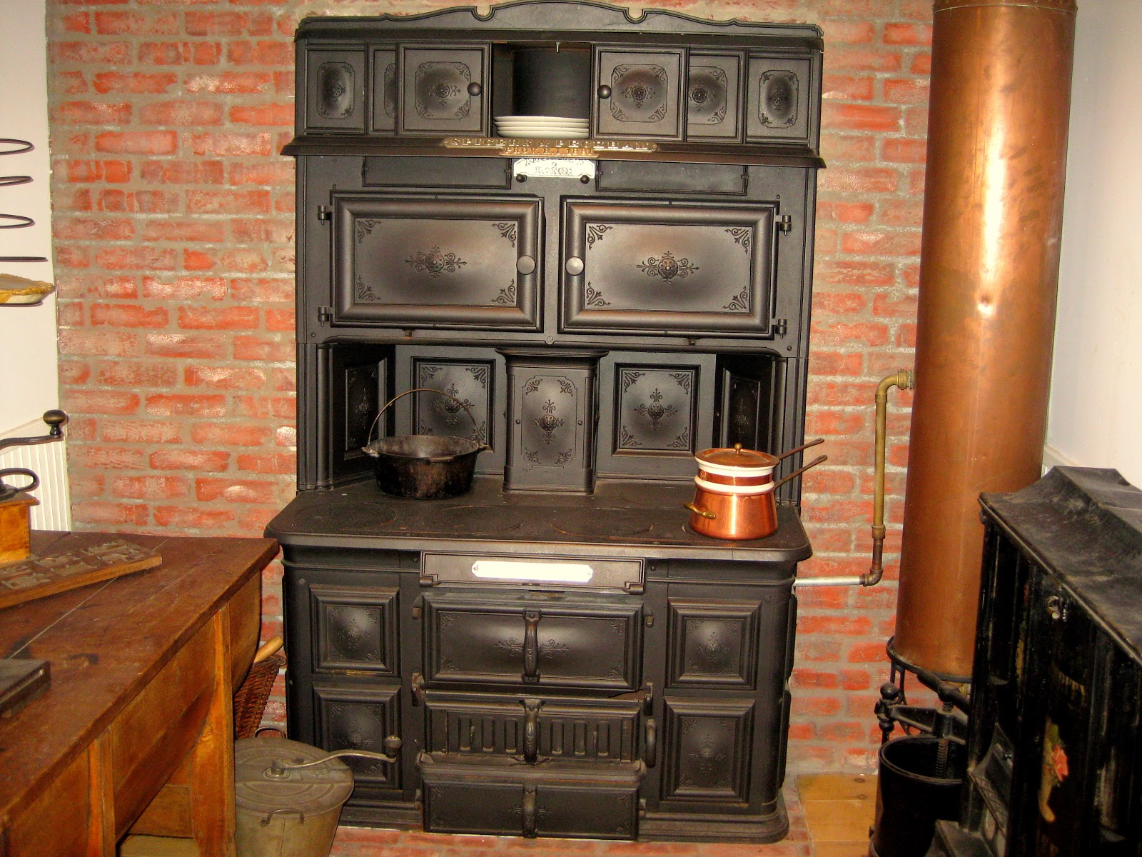 kitchen cook stoves tall bin wood cookstove cooking the difference between a
