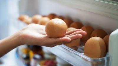 cara menyimpan telur di kulkas