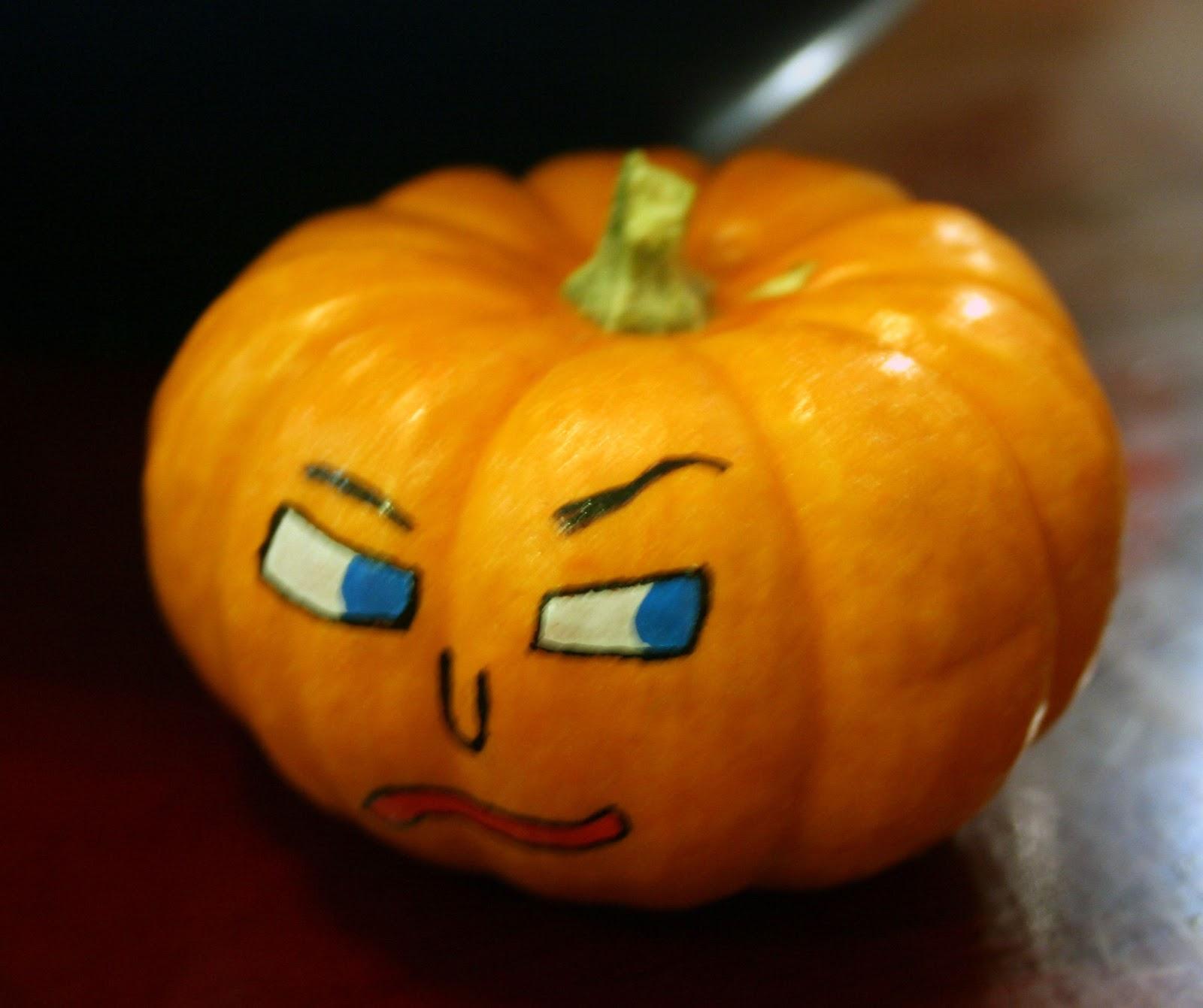 Small Pumpkin Decorations: The Experimental Crafter: Mini Pumpkin Decorating