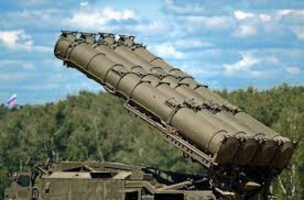 Αμερικανικές κυρώσεις στην Άγκυρα για τους S-400 «βλέπουν» Ρώσοι και Τούρκοι αναλυτές