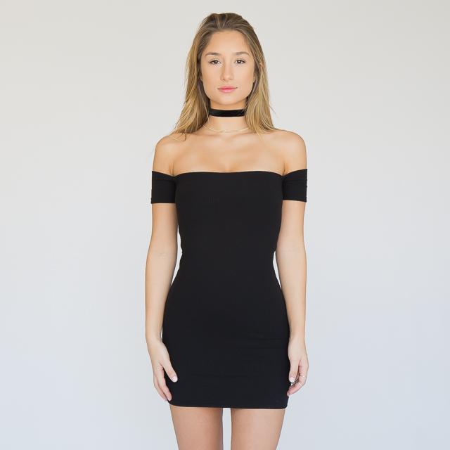 Imagenes de vestidos casuales pegados