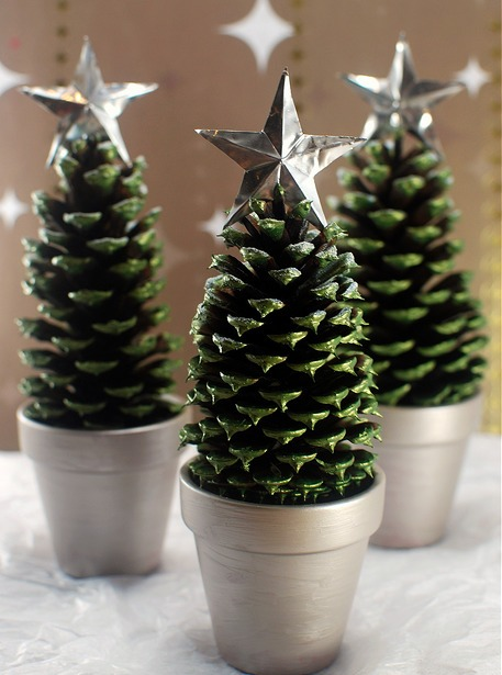 Simply%2BMagical%2BDIY%2BPinecones%2BIdeas%2B%252813%2529 30 Simply Magical DIY Pinecones Ideas Interior