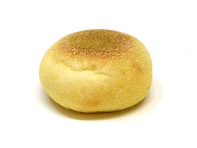 衣がコーングリッツ 豆のカレーパン | ベッカライ徳多朗