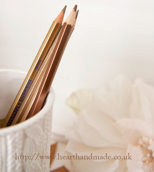 Metallic pencils in colour story for autumn