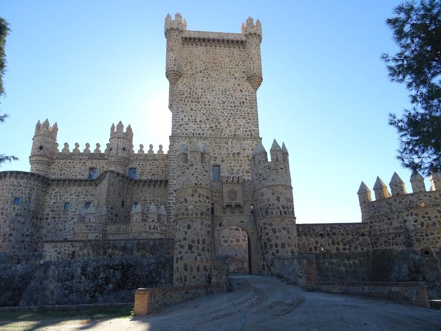 Entrada al Castillo de Guadamur
