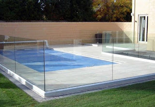 The Frameless Pool Fencing