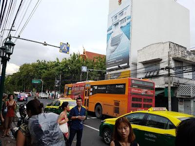 Autobús S1 del aeropuerto de Suvarnabhumi al centro de Bangkok