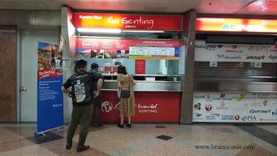 Kios Pembelian Tiket Untuk Ke Resort World Genting di KL Sentral