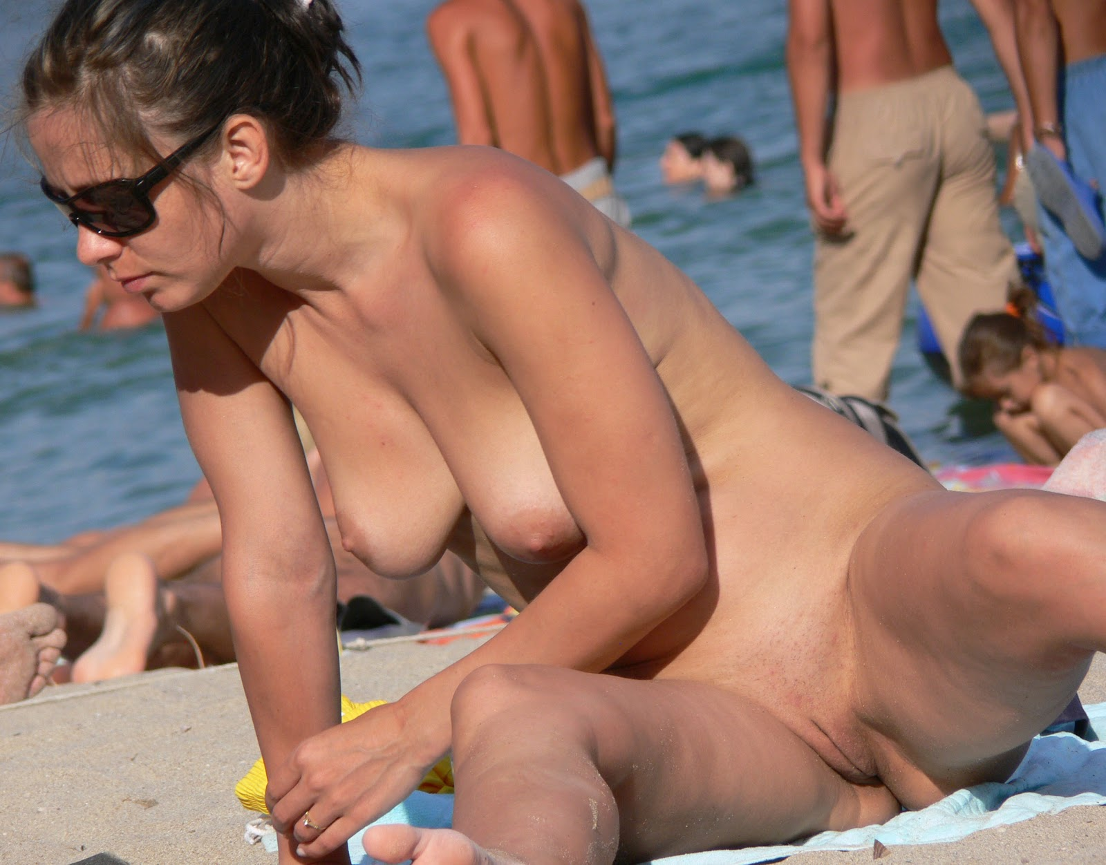 Beach voyeur naked black girls