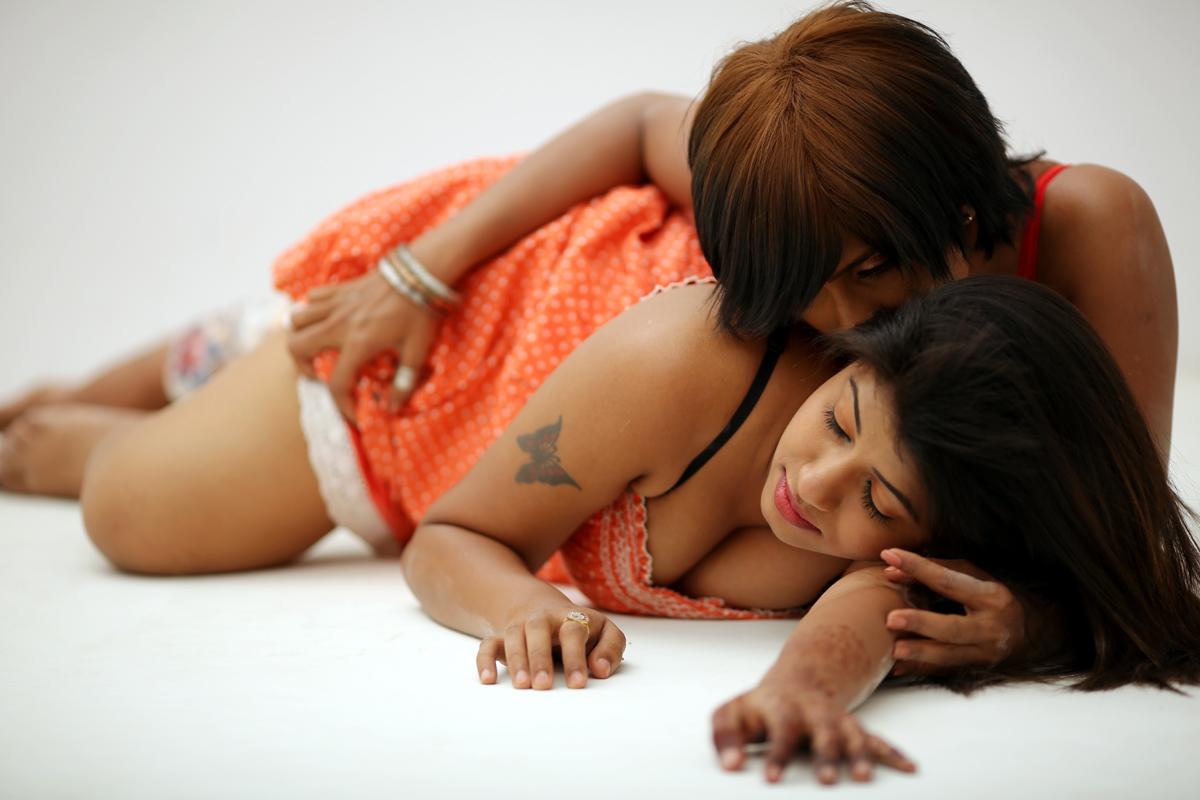 indian-lesbian-pic