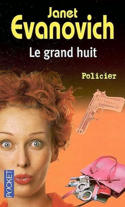 http://lachroniquedespassions.blogspot.fr/2014/07/stephanie-plum-tome-8-le-grand-huit.html