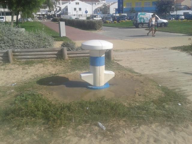 Chuveiro da praia para os pés