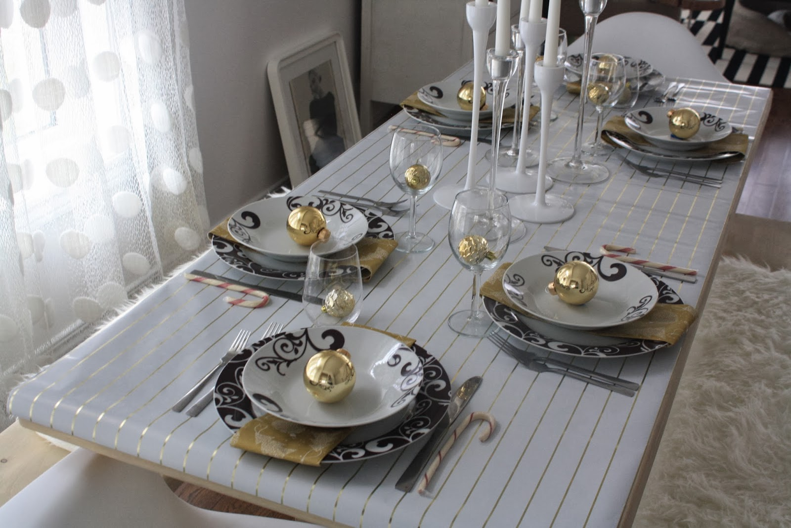 environmental designer home-furniture: New Years Table Decor