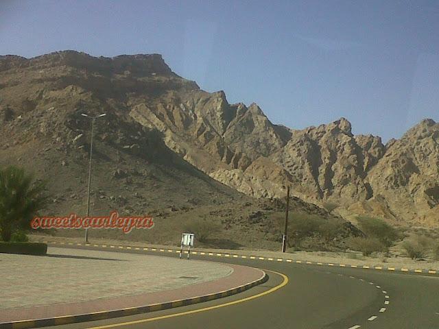 Dubai 2011 Part 3: Perjalanan darat dari  Dubai ke Oman