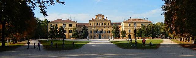 Parco-Ducale-e-Palazzo-del-Giardino-Parma