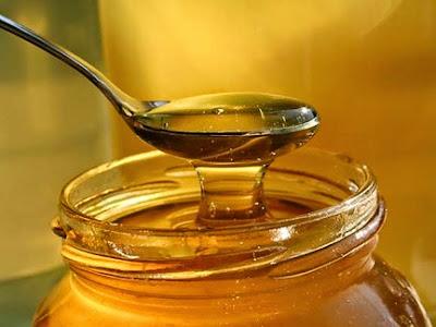 kakvom kašikom uzimati med