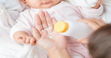 Beri Bedak Bayi
