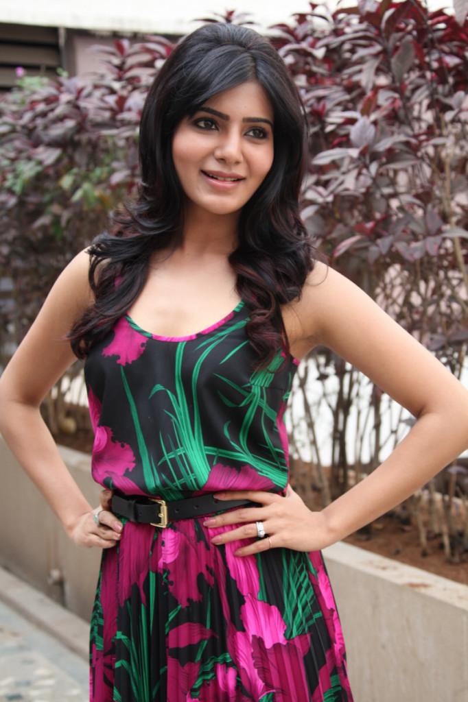 Samantha at jabardasth movie press meet stills